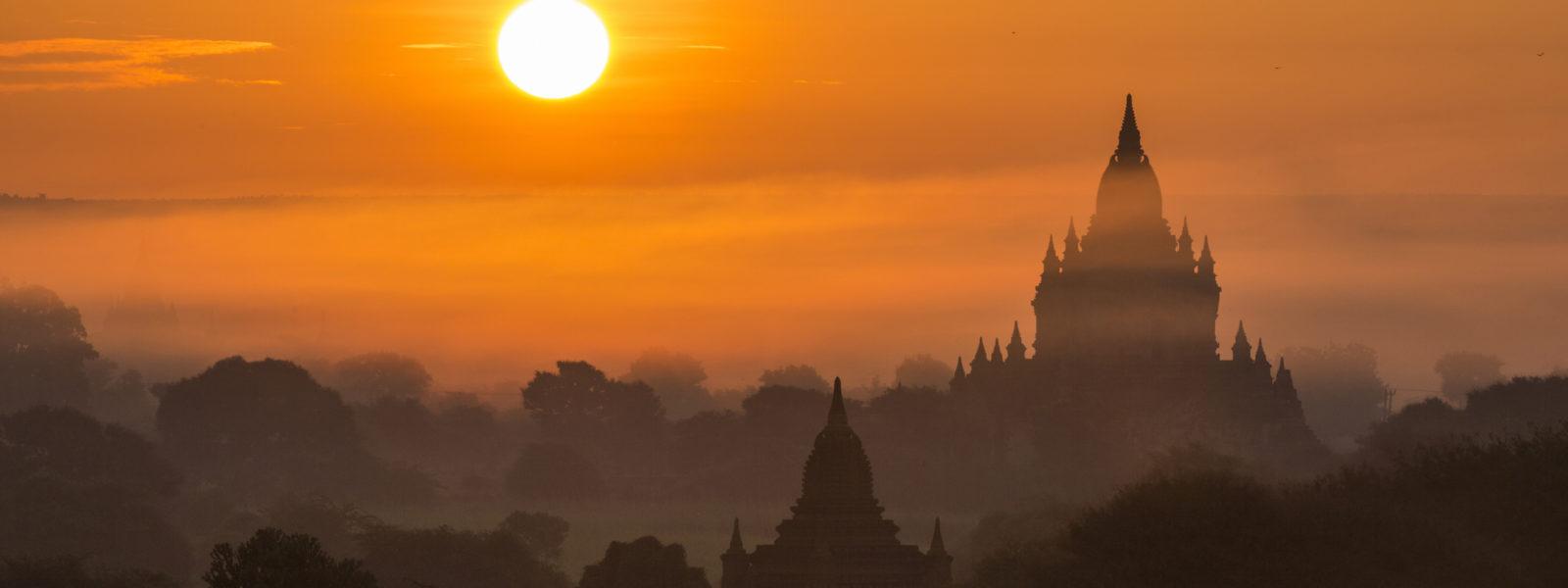 Destinations - Sunset at Bagan - Myanmar - Sampan Travel