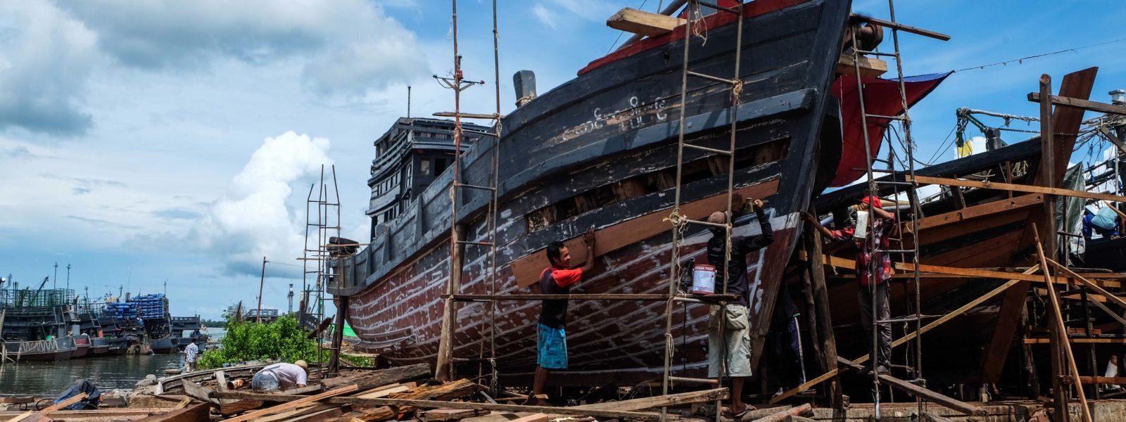 Myeik & the Archipelago - Shipyard - Myeik - Sampan Travel