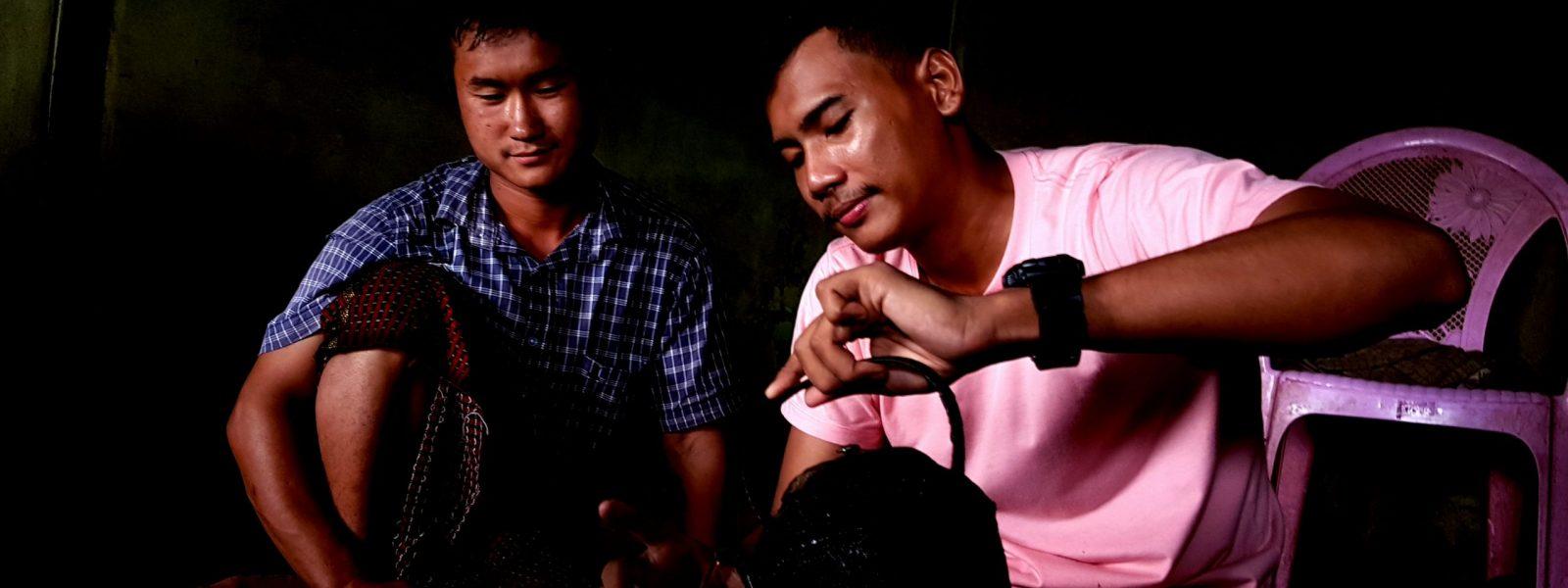 48 Hours Pindaya - Naing Lin and Au Gyi tea at Yazagyi - Sampan Travel