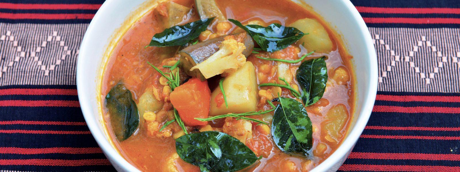 Sanon - curry - Bagan- Sampan Travel